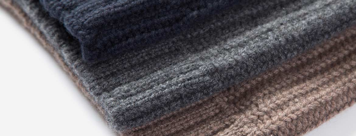 Cashmere Fisherman's Rib Slouch Beanie