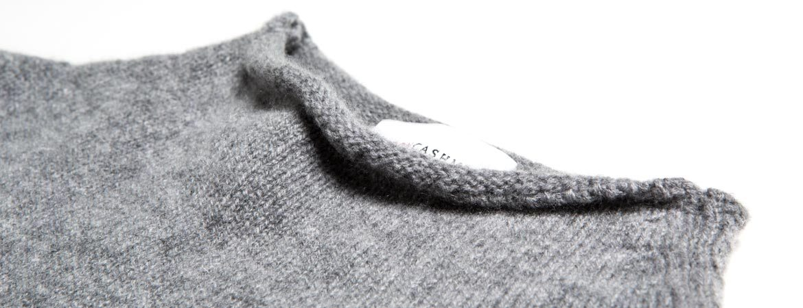 Lambswool & Cashmere Wide Funnel Neck Jumper