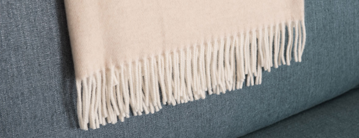 Wool and Cashmere throw blanket